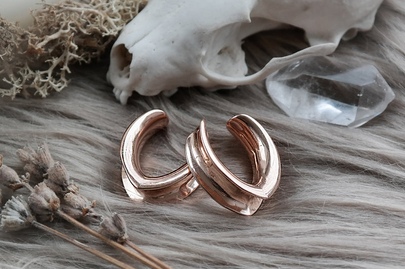 Rose Gold V-Shaped Saddle Hangers #SH03 - Fux Jewellery