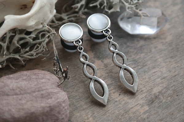 silver Faelyn Plugs #755