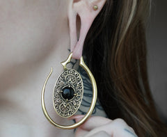 oval brass Onyx Ear Weights #EW01