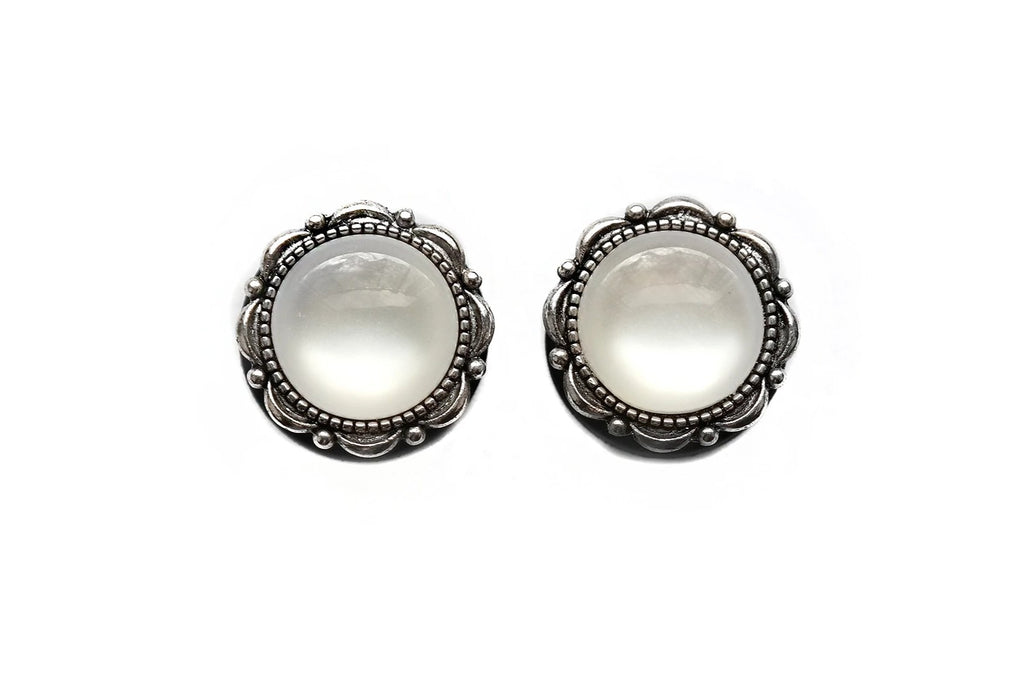 White Pearl Plugs #817 - Fux Jewellery