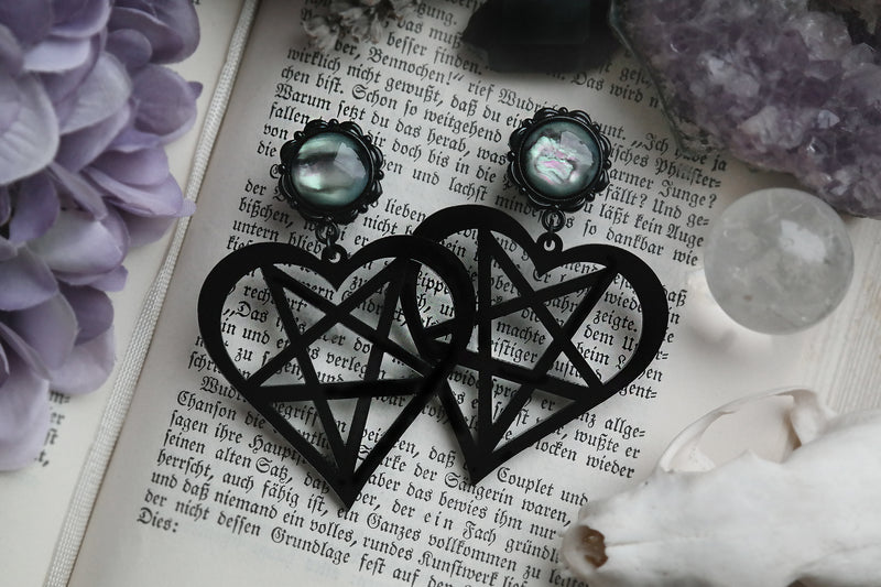 small black Pentaheart Plugs #836-S - Fux Jewellery