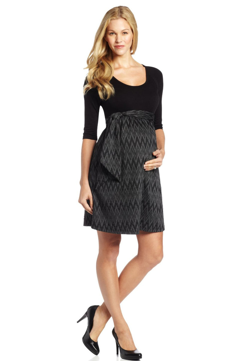 Zig Zag Maternity Dress Maternal America - Seven Women Maternity