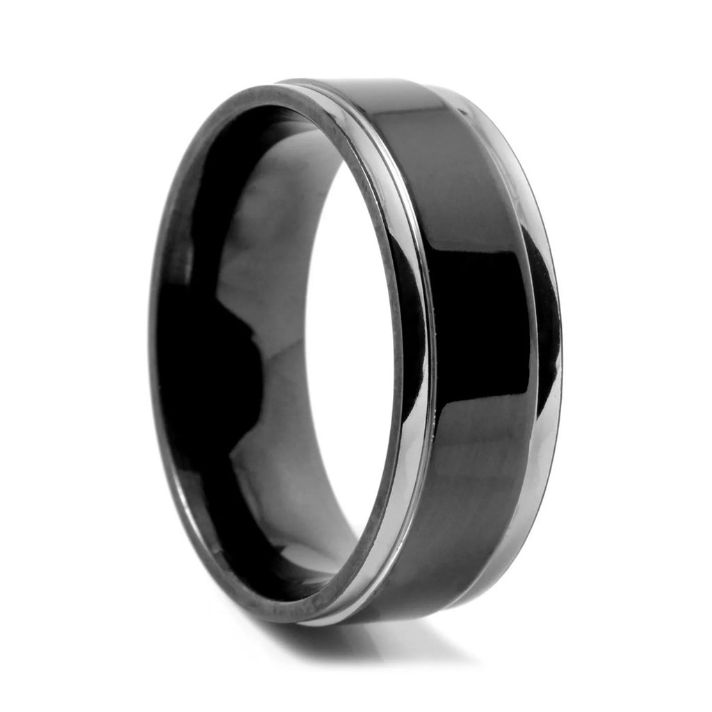 BLACK CENTERED TITANIUM RING