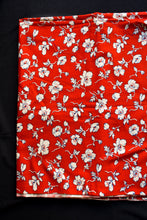 Load image into Gallery viewer, Red and white uncut cotton floral fabric, 90cmx1.5m