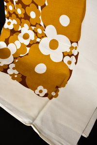 Brown retro flower print tablecloth