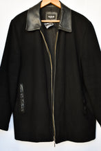 Load image into Gallery viewer, Boston Men's cashmere and wool jacket, size XL
