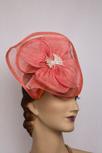 Load image into Gallery viewer, New Crochetta Collections fascinator