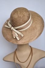 Load image into Gallery viewer, Brown woven hat with bow detail