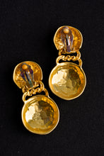 Load image into Gallery viewer, Chunky gold coloured clip on earrings