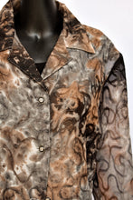 Load image into Gallery viewer, Sparkly boxy button up shirt, size L