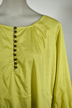 Load image into Gallery viewer, Nellie Smith floaty top, new, size S