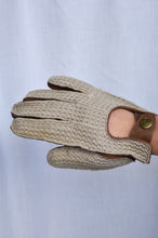 Load image into Gallery viewer, Dents Mens leather and cotton gloves, size S/M