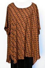 Load image into Gallery viewer, Brown floaty top, size L