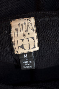 Mild Red black v neck jumper, size M-L