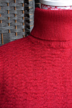 Load image into Gallery viewer, Fields red wool turtleneck, size S