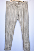 Load image into Gallery viewer, Witchery patterned grey/silver pants, size 16
