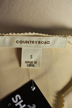 Load image into Gallery viewer, Country Road silk top, size S