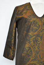 Load image into Gallery viewer, Zambesi paisley top, size 12