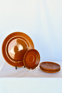 Colonial brown large plate with 5x saucers