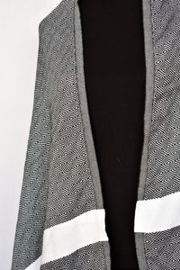 Diamond patterned scarf/wrap/throw, one size