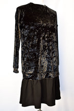 Load image into Gallery viewer, Velvet feel long sleeve dress, size S