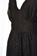 Load image into Gallery viewer, Carlson lace dress, size 14