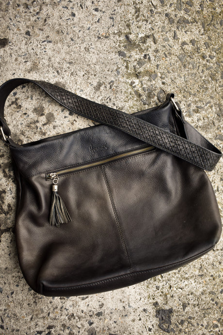 Hermes of New Zealand black shoulder bag