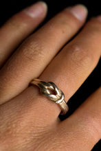 Load image into Gallery viewer, 925 Silver love knot ring