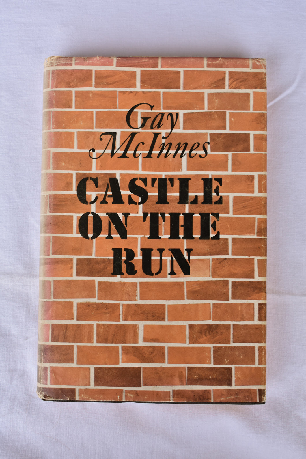 Castle on the Run by Gaye Innes