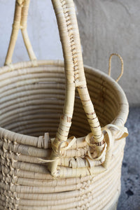 Sturdy handled basket with lid - Pick up only