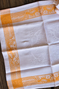 White and gold embossed table napkins, x4