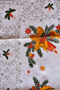 Christmas green & yellow tablecloth