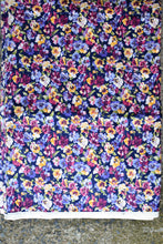 Load image into Gallery viewer, Coventry 100% Cotton pansy patterned uncut fabric, 6.5m x 115cm