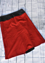 Load image into Gallery viewer, Redhead NZ skirt, size 12