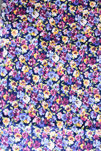 Coventry 100% Cotton pansy patterned uncut fabric, 6.5m x 115cm