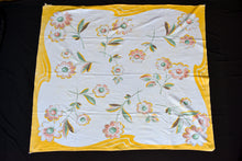 Load image into Gallery viewer, Yellow and white floral retro tablecloth