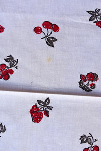 Red and grey fruit retro tablecloth