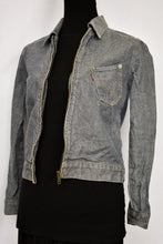 Load image into Gallery viewer, Levi's grey zip up denim jacket, size