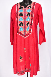 Hot pink embroidered 3/4 sleeve dress, size M/L