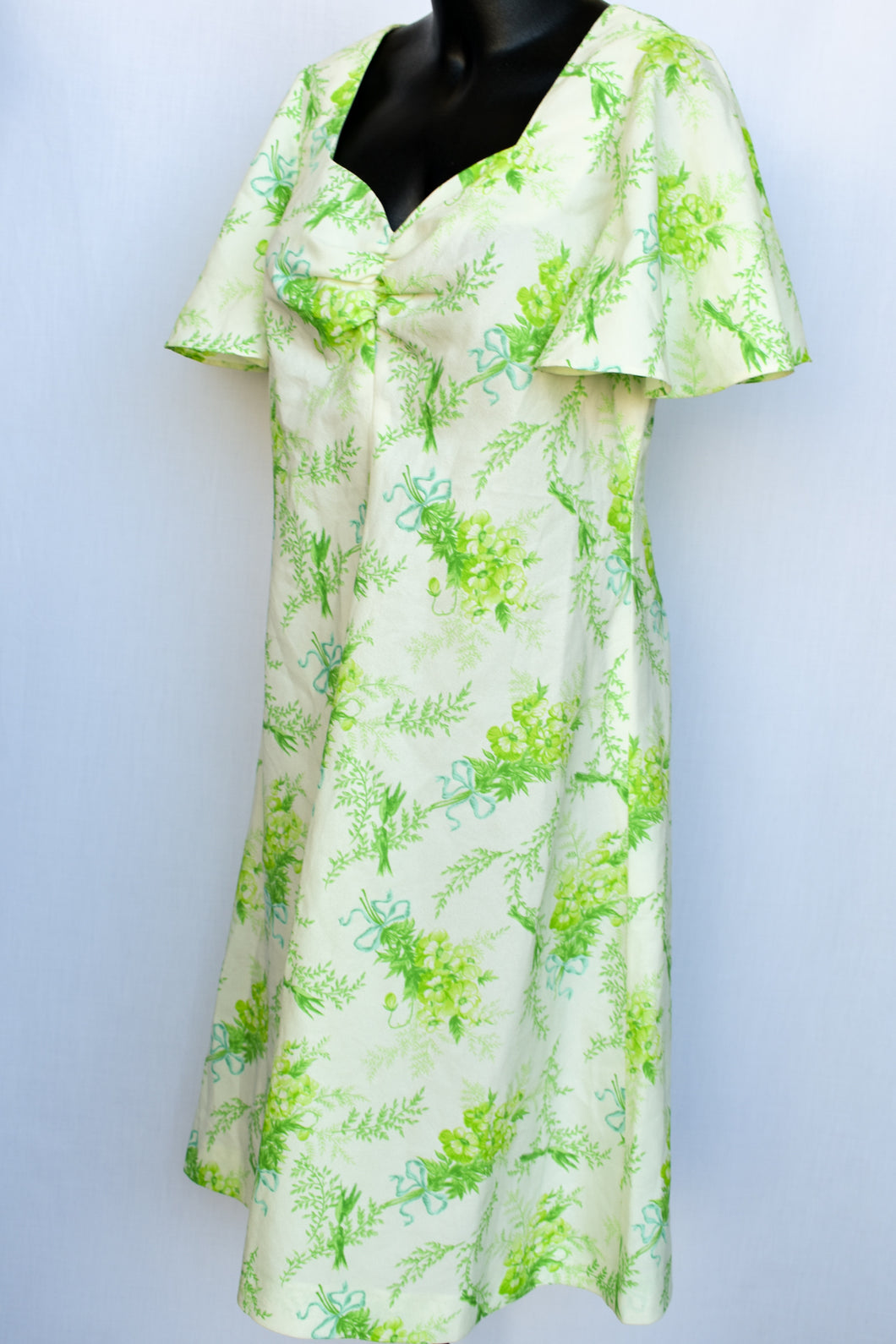 Floral retro midi dress, size M