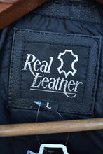Load image into Gallery viewer, Real leather black fish hook buckle vest, size L