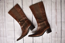 Load image into Gallery viewer, Brown leather high boots, size 37