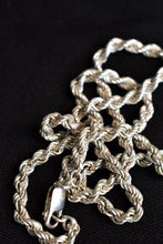 Load image into Gallery viewer, 925 silver twisted style necklace