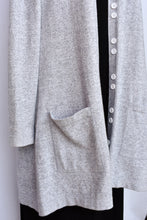 Load image into Gallery viewer, Scottie Cashmere long cardy, size L