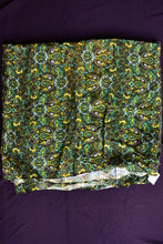 Load image into Gallery viewer, Vintage uncut green polyester fabric 90cm x 3m