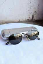 Load image into Gallery viewer, Vintage sunglasses with case