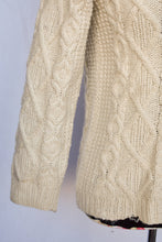 Load image into Gallery viewer, Cream cable knit jersey, size S
