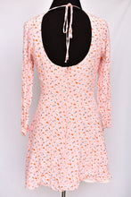 Load image into Gallery viewer, Ruby pink patterned dress, size 10