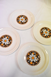 Crown Lynn Ironstone small plates, 4 set