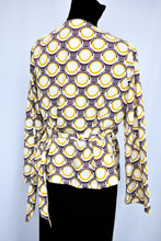 Load image into Gallery viewer, Shona Rubery wrap top, size S